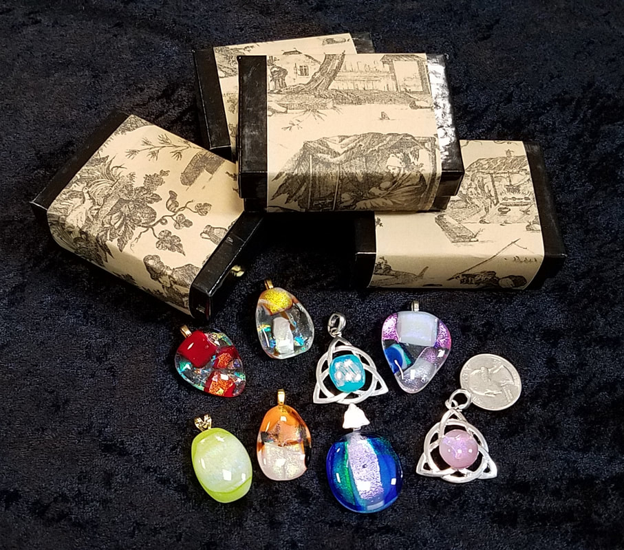 Glass Pendants with Gift Boxes